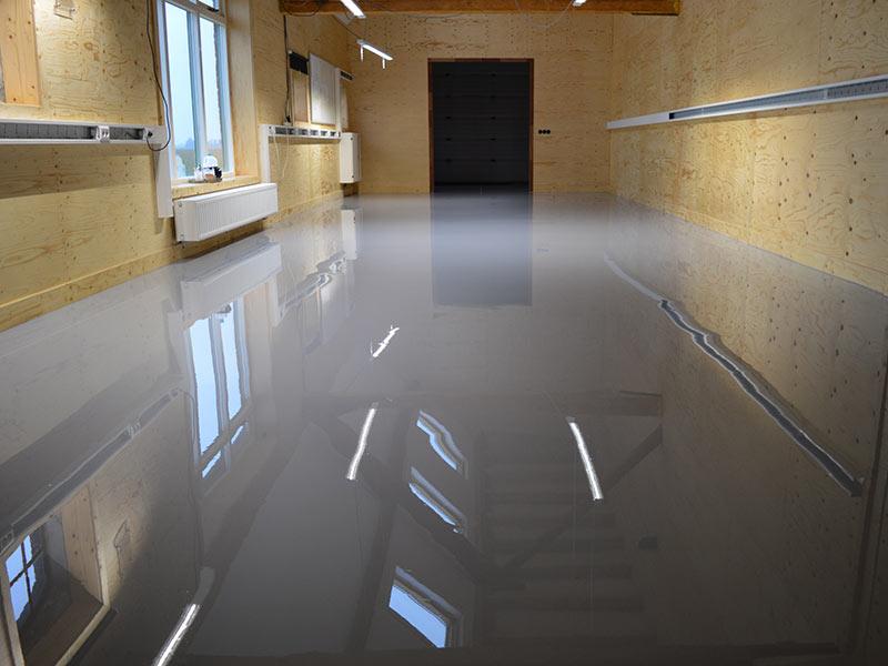 Nieuwe Coating Over Betonvloer In Werkplaats