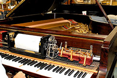 Pianola / Player Piano