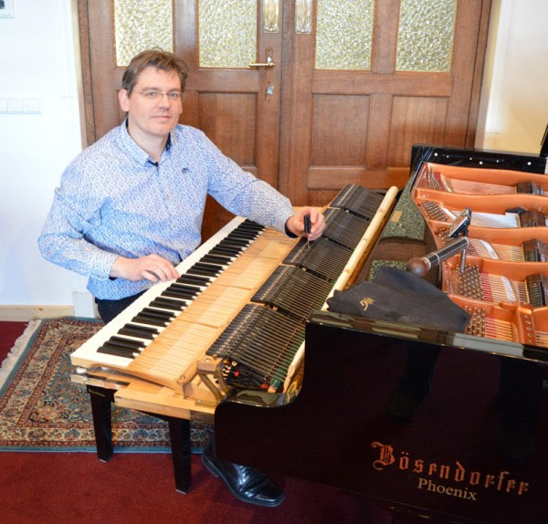 owner and founder of PianoVisions