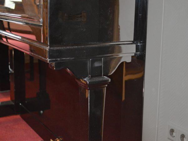 Steinway Vertegrand detail